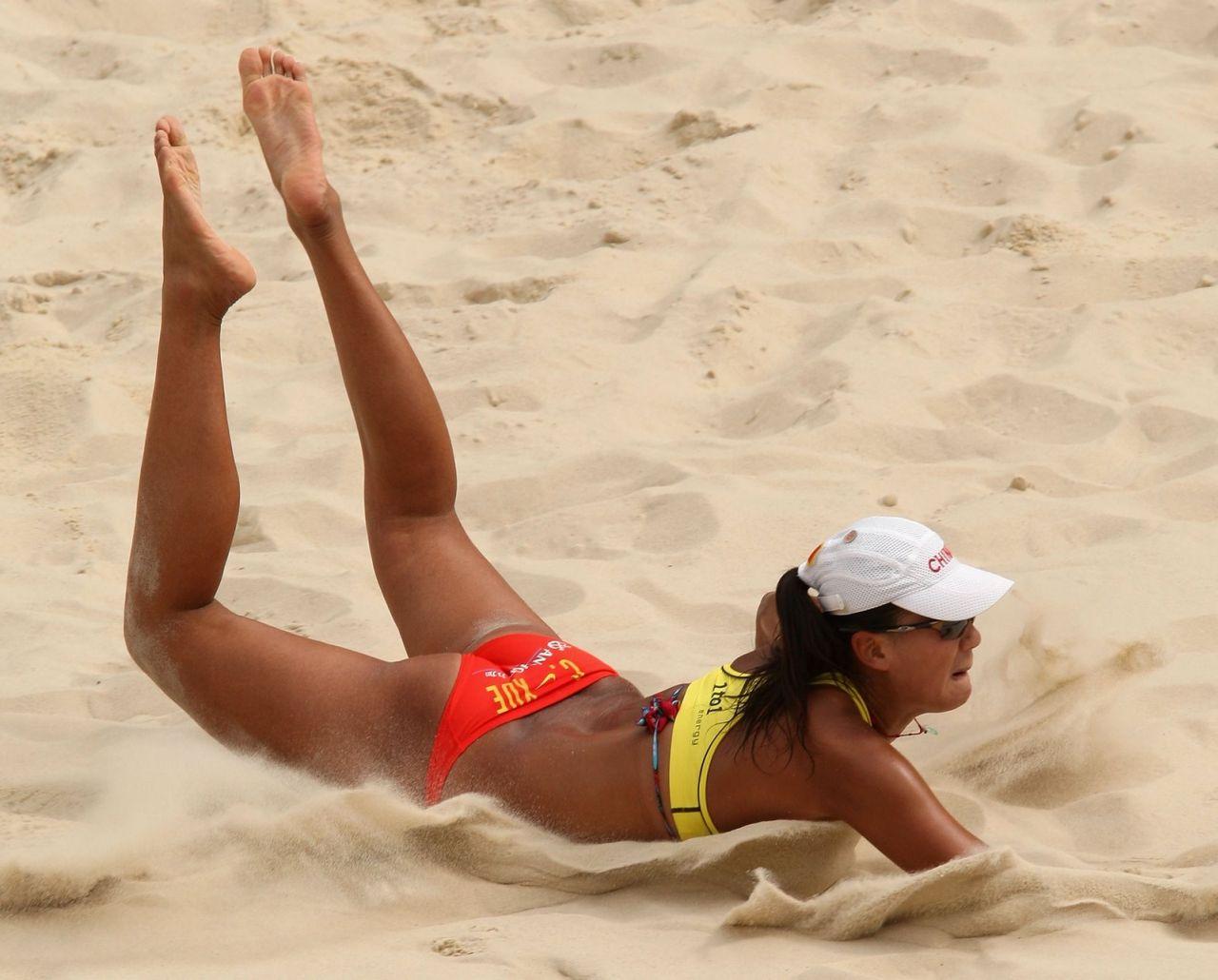 Эротические фото женского пляжного волейбола 15 фотография