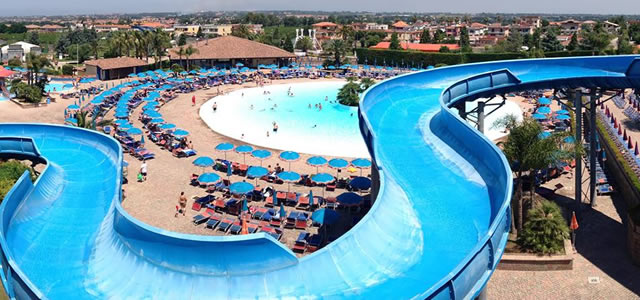 magic world piscina al giugliano