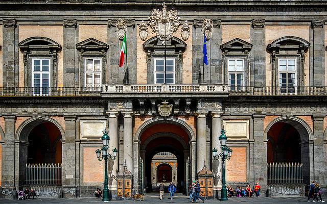 palazzo reale aperto a ferragosto