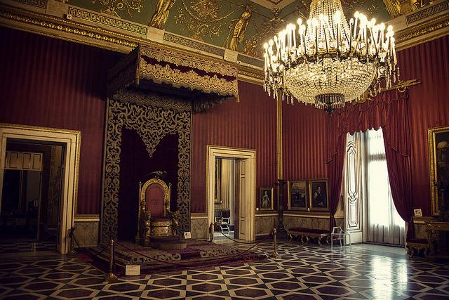 La sala del trono a Palazzo Reale.