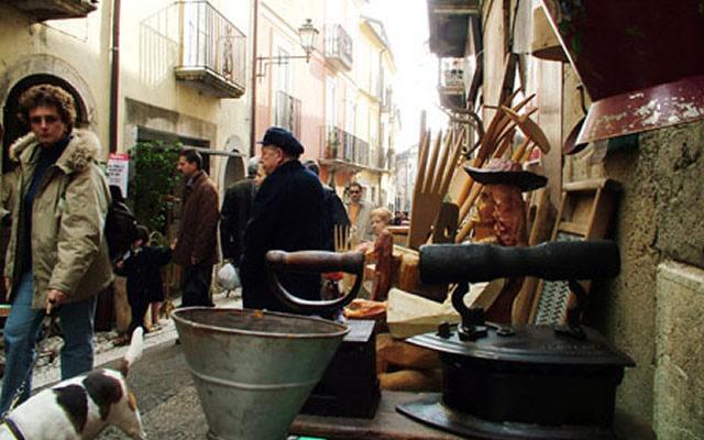 Mercantico grande fiera dell antiquariato nel borgo di for San lorenzello