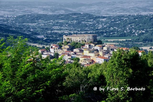 Castello di Ceppaloni. Foto (CC) Fiore S. Barbato su Flickr.