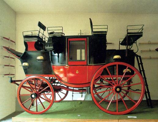 museo delle carrozze di villa pignatelli