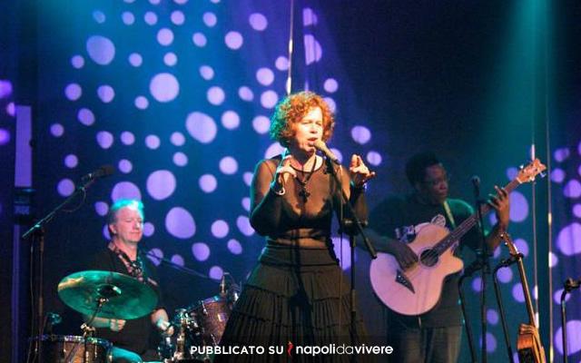 Sarah Jane Morris in concerto all'Excelsior Vittoria di Sorrento