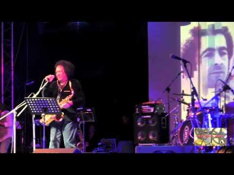 Il Pellerossa a metà serata musicale per Mario Musella napoli
