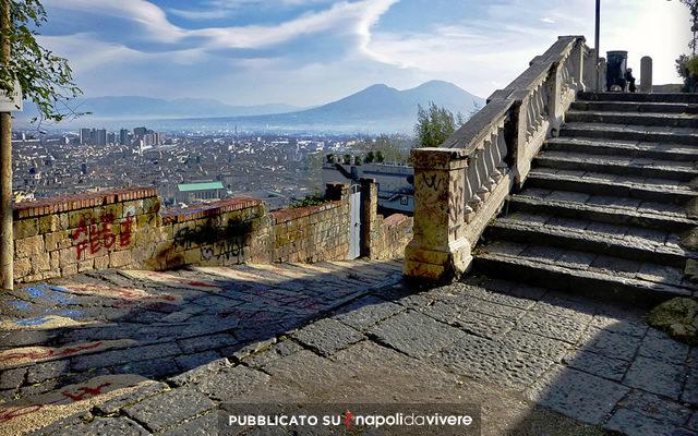 Il Vesuvio visto dalla pedamentina di San Martino