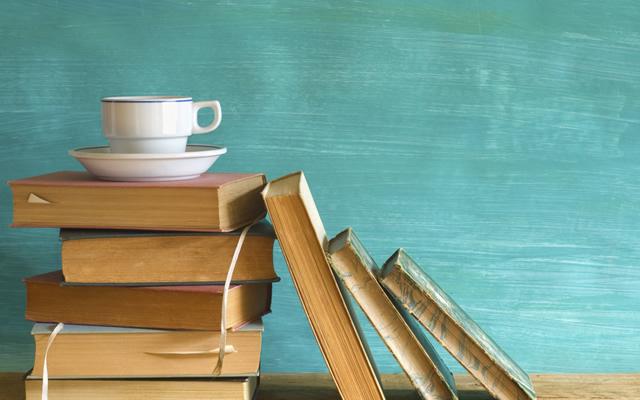 Caffè letterario il sabato mattina al teatro Mercadante alle ore 12