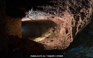 Visita alle suggestive Grotte Laviche della Basilica di Santa Croce