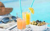Pool aperitif ogni sabato e domenica all'Andris Cafè