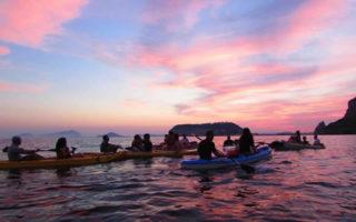 Aperitivo in Kayak al Tramonto nel Mare di Posillipo