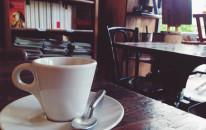 Evaluna: la Libreria Cafe' vicino alle antiche Mura Greche di Napoli