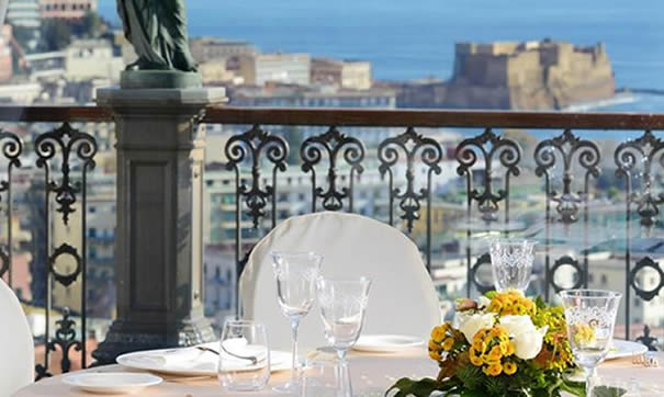 Grand hotel Parker's  Roof Bar a Napoli