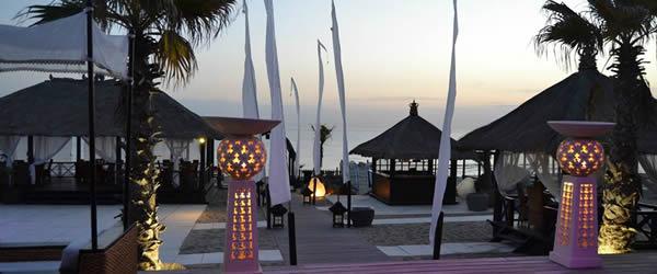 Aperitivo in spiaggia ecco 10 locali a napoli napoli da for Arredamento lupin castel volturno