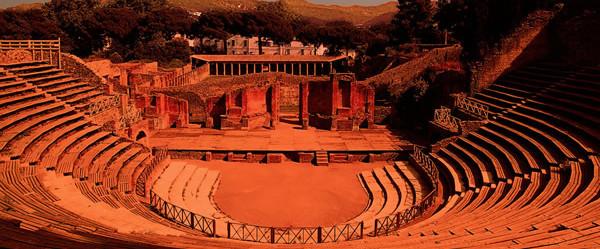 Risultati immagini per teatro grande di pompei