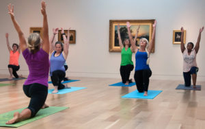 yoga nei musei