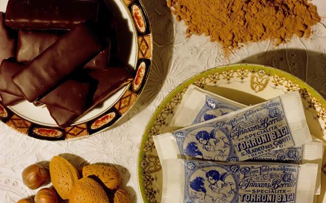 un piatto di croccantini di san marco dei cavoti