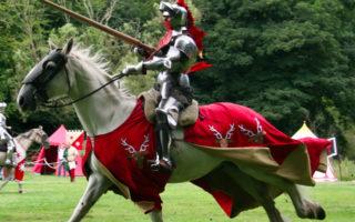 Giochi d'Arme a cavallo Gratis a Capodimonte
