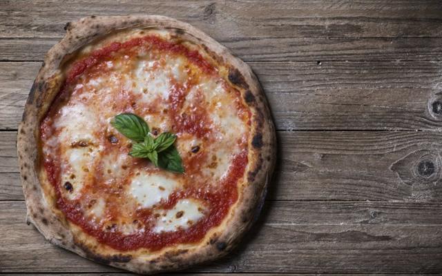 Villaggio della Pizza sul Lungomare di Torre del Greco