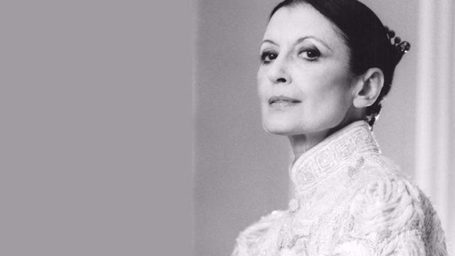 Carla-Fracci-in-scena-al-Teatro-San-Carlo.jpg
