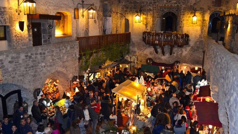mercatini-di-natale-2016-al-castello-medievale-di-limatola