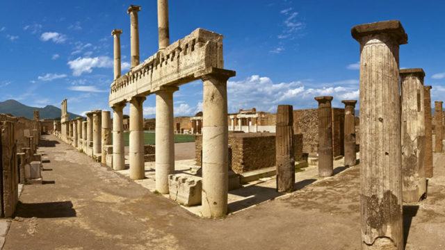 Pompei, porte aperte alla domus dei Casti Amanti per San Valentino