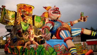 Carnevale 2017 a Saviano (NA): Feste, Falò e Sfilate di Carri Allegorici