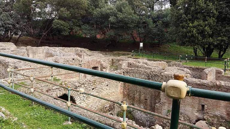 Risultati immagini per terme romane agnano napoli da vivere