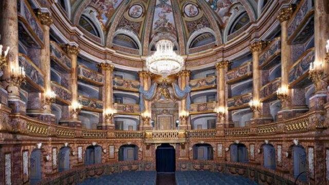 Il-Teatro-di-Corte-della-Reggia-di-Caserta-riapre-al-pubblico.jpg