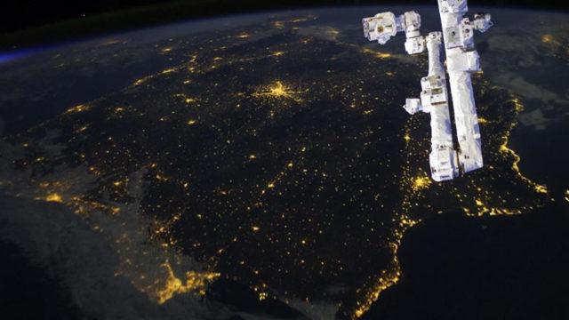Earth-Hour-2017-a-Napoli-eventi-al-Buio-in-città-.jpg