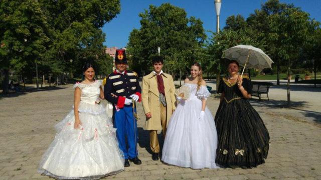 Raduno-in-Costume-d'Epoca-e-Giochi-d'Arme-Gratis-a-Capodimonte.jpg