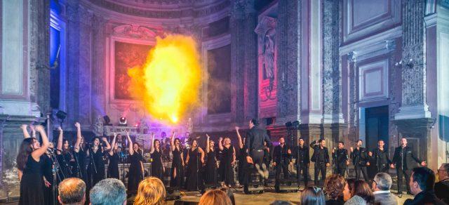 Il Coro del That's Napoli Live Show in scena nella Chiesa di San Potito