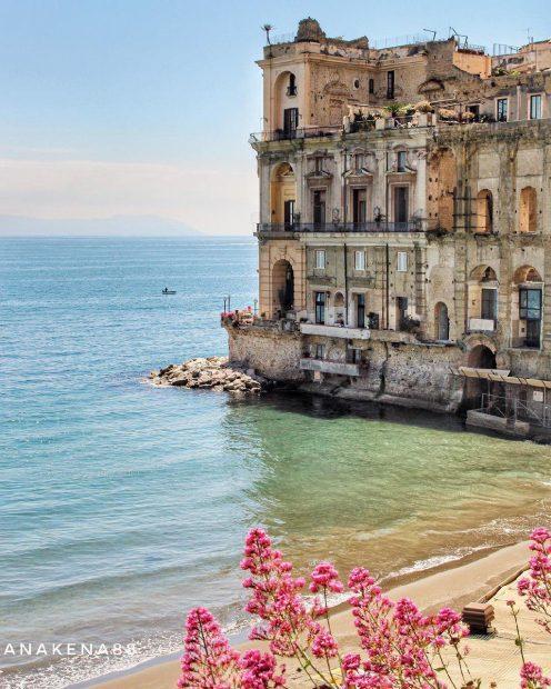 Le 8 spiagge pi belle di napoli campania veritas - Bagno sirena posillipo ...