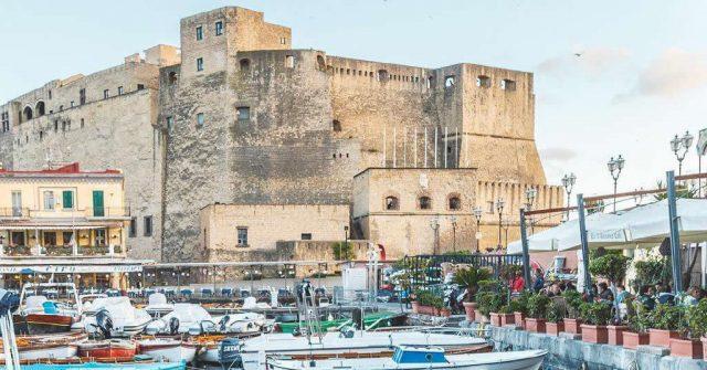 Castel dell'Ovo a Napoli