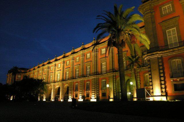 museo di capodimonte notte