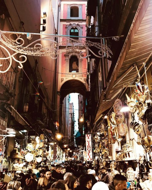 San Gregorio Armeno a Natale