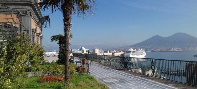 I giardini pensili di Palazzo reale a Napoli