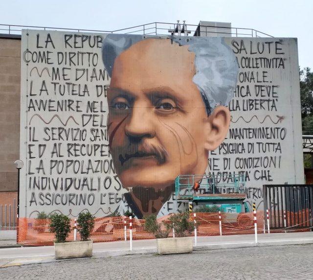 Il Murales di Cardarelli in fase di realizzazione