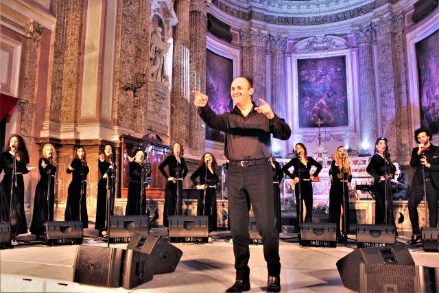 Il Maestro Carlo Morelli con il That's Napoli Live Show