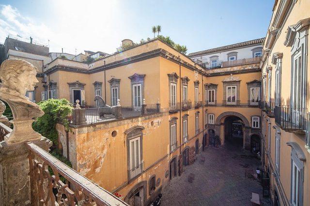 wine and the city Palazzo_Marigliano