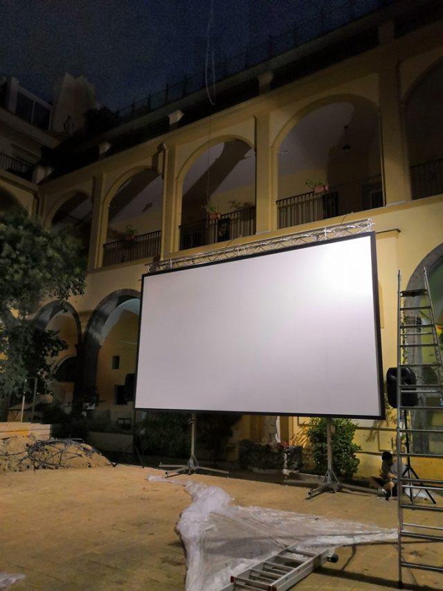 cinema all'aperto quartieri spagnoli