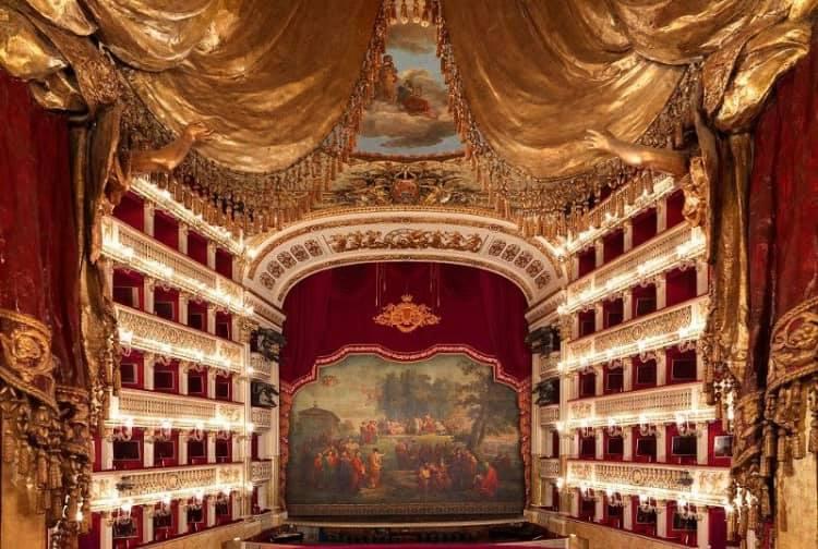 concerto-di-natale-teatro-san-carlo.jpg