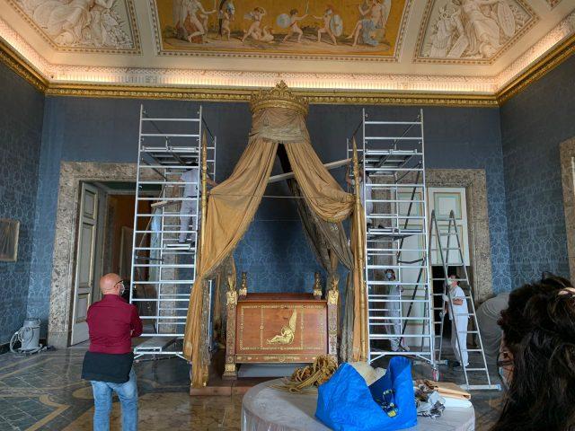 restauro letti dei re a caserta letto di francesco II
