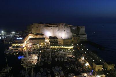 3-giorni-di-festa-al-Borgo-Marinari-a-Napoli.jpg