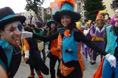 34°-Corteo-di-Carnevale-a-Scampia-musica-e-bici-per-tutta-la-famiglia.jpg