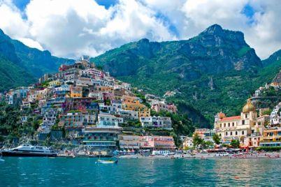 Aliscafo-Napoli-Positano-con-sosta-a-Sorrento.jpg