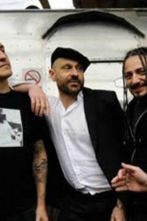 Ex Base Nato a Bagnoli: 3 giorni di concerti gratuiti a Napoli con gli Almamegretta e tanti altri