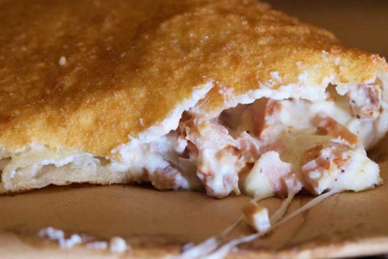 Antica-Pizza-Fritta-di-Zia-Esterina-di-Sorbillo-apre-al-Vomero.jpg