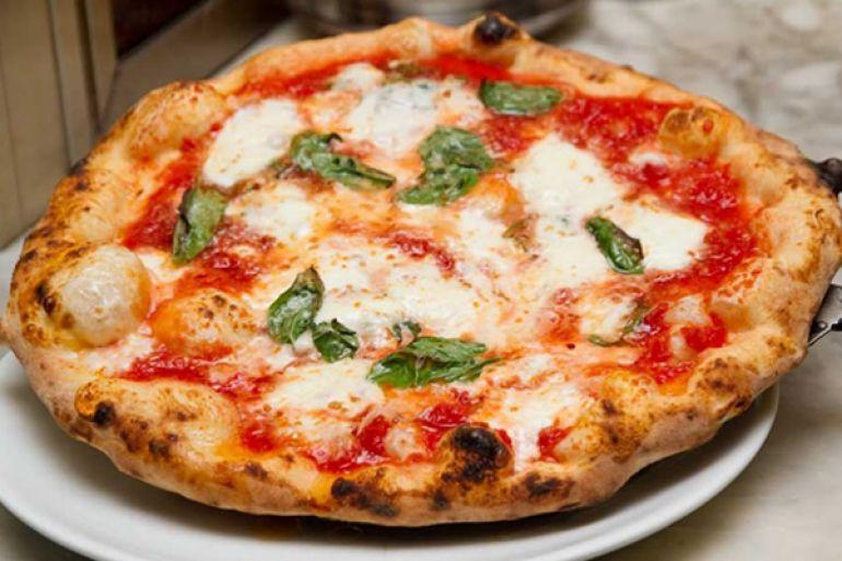 Risultati immagini per pizzerie napoli da vivere