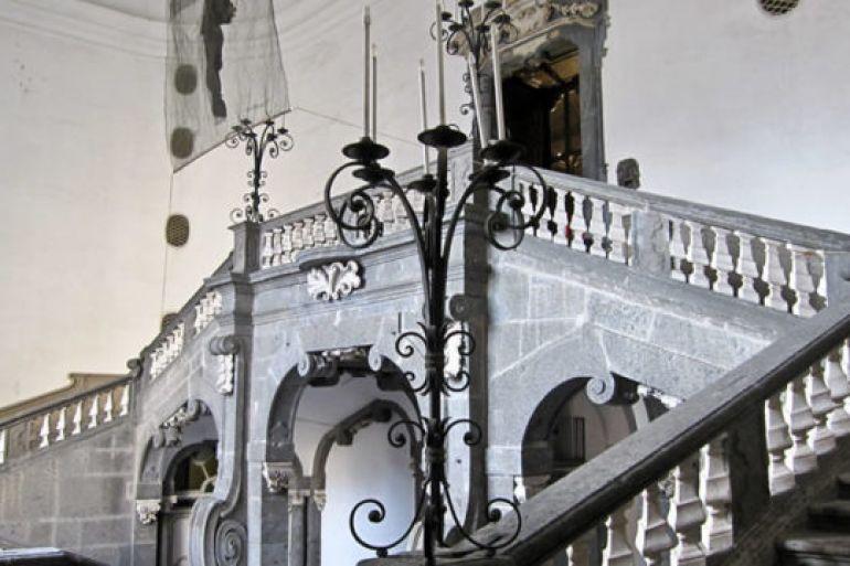 Aperitivo-e-visita-nei-Sotterranei-di-Palazzo-Serra-di-Cassano-a-Napoli.jpg