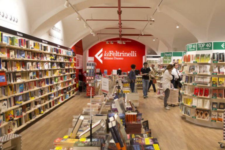 Apre-la-Libreria-Feltrinelli-all'Aeroporto-di-Capodichino.jpg